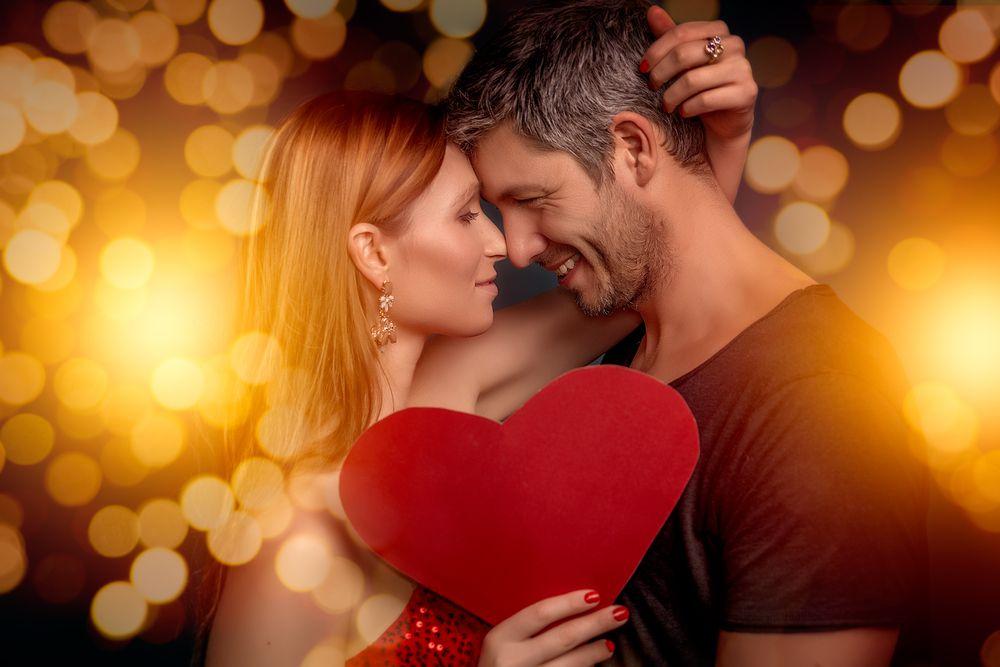 صورة صور رومانسيه من الاخر , مشاعر جميلة تجمع بين اثنين