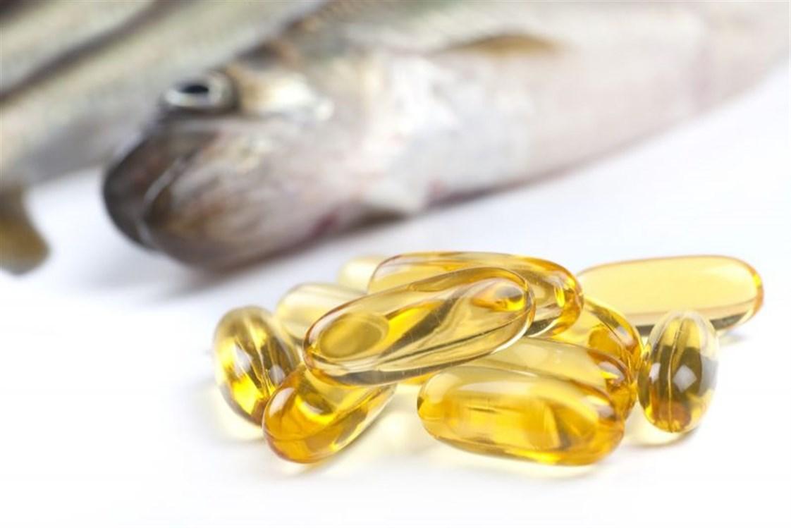 صورة فوائد زيت السلمون , فوائد مع بعض الاضرار البسيطة لزيت السمك