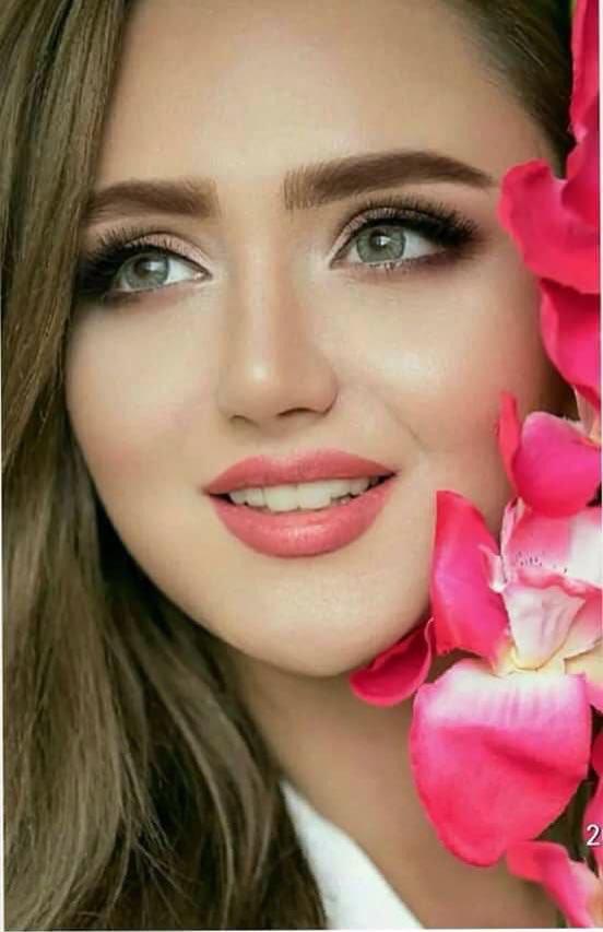 صورة اجمل ابتسامة بنات , بنات جذابه بابتسامات رائعه منيره 308 3