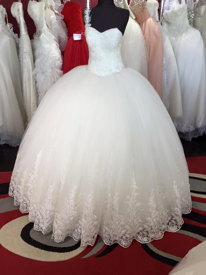 صورة بدلات عرايس بيضاء , اناقت فستانك ليلة زفافك