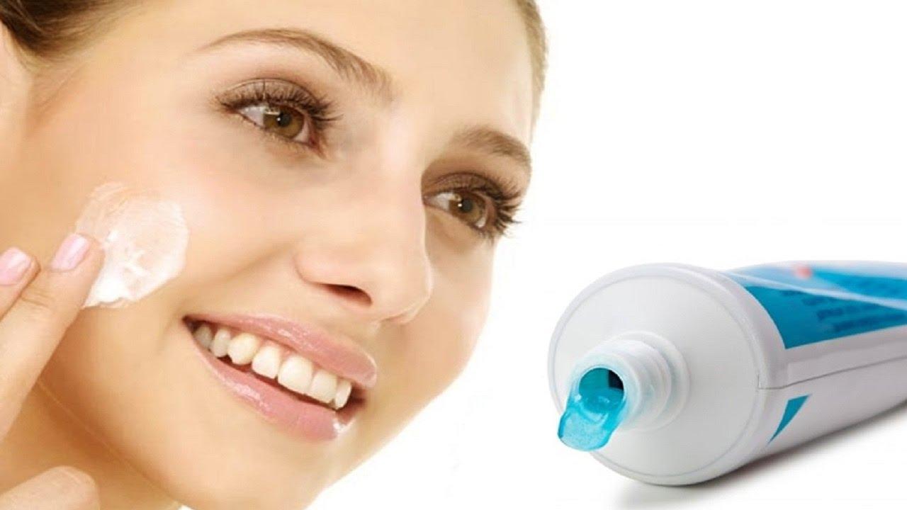 صورة فوائد معجون الاسنان للبشرة , عالجي بشرتك باقل التكاليف