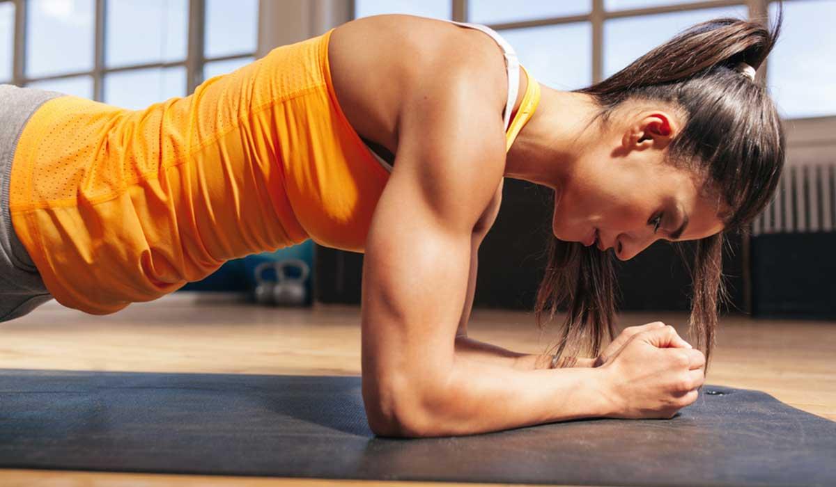 صورة تمارين عضلات البطن للنساء , اسهل تمارين لعضلات البطن لاظهار جمالها للسيدات