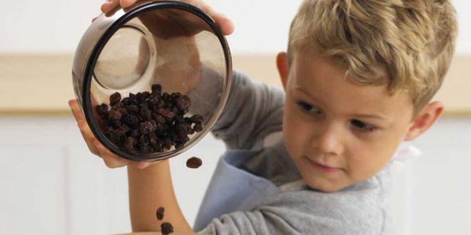 صورة فوائد الزبيب للاطفال , الاطفال واهم فوائد الزبيب لهم