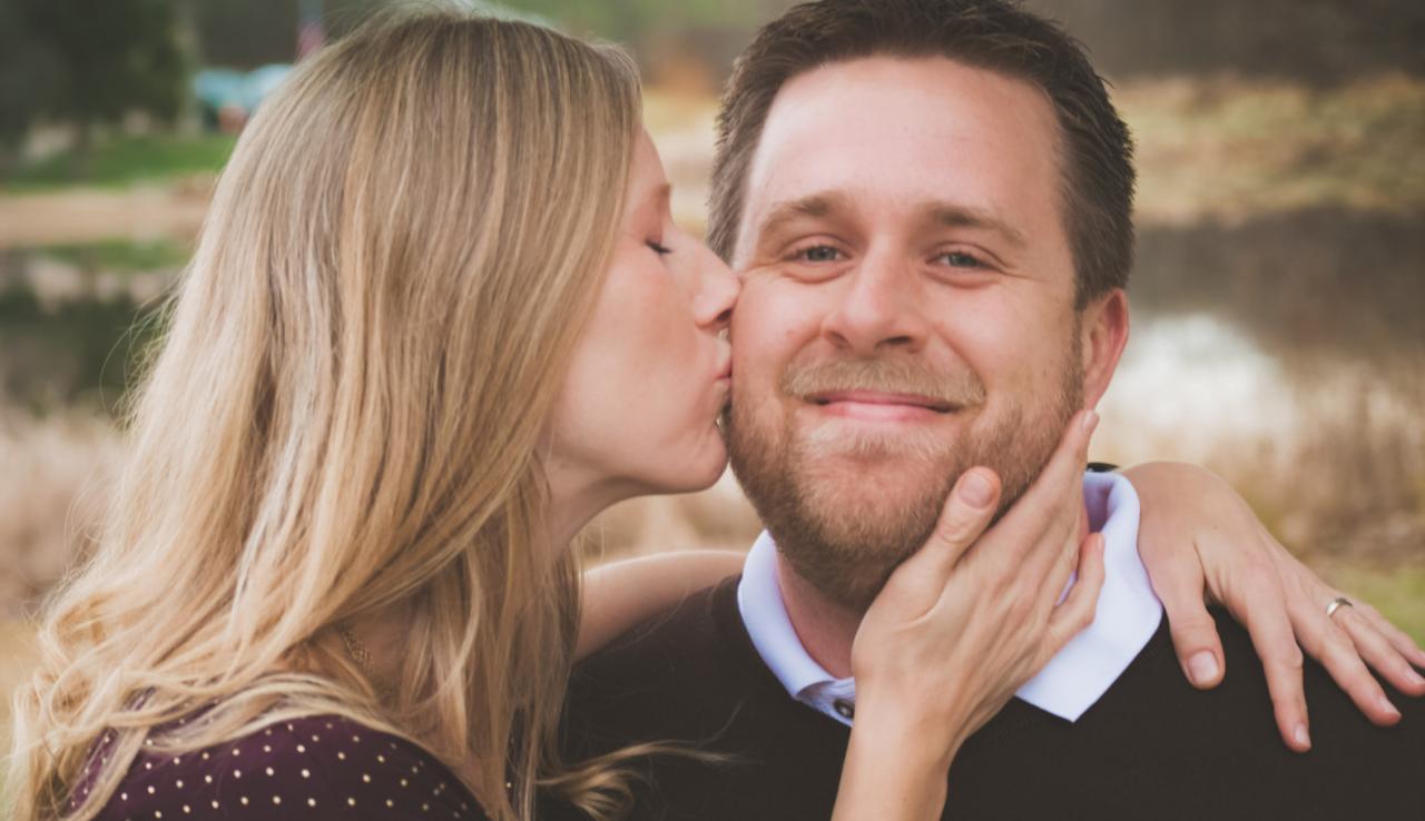 صورة قبلة في المنام , تفسير رؤية القبلة فى المنام