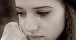 صور صور بنات حزينة روعة , الحزن لا يليق بالحلوين