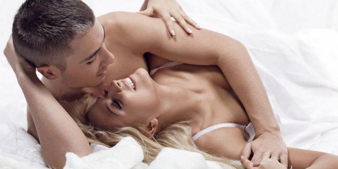 صورة كيف اجنن زوجي جنسيا , المداعبات البسيطة تشغل الزوج جنسيا