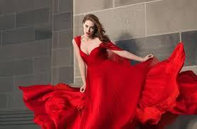 صورة تفسير حلم فستان احمر , لون فستانك سر في احلامك