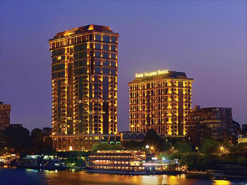 فندق فور سيزونز , سلسلة فنادق الفور سيزونز - قبلات الحياة