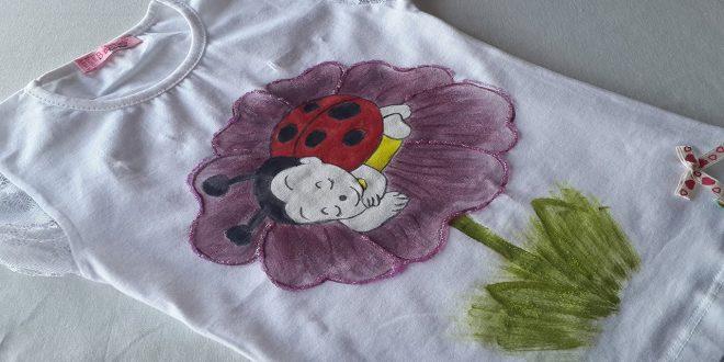 صور رسم على القماش , استخدام الرسم فى تجميل الملابس