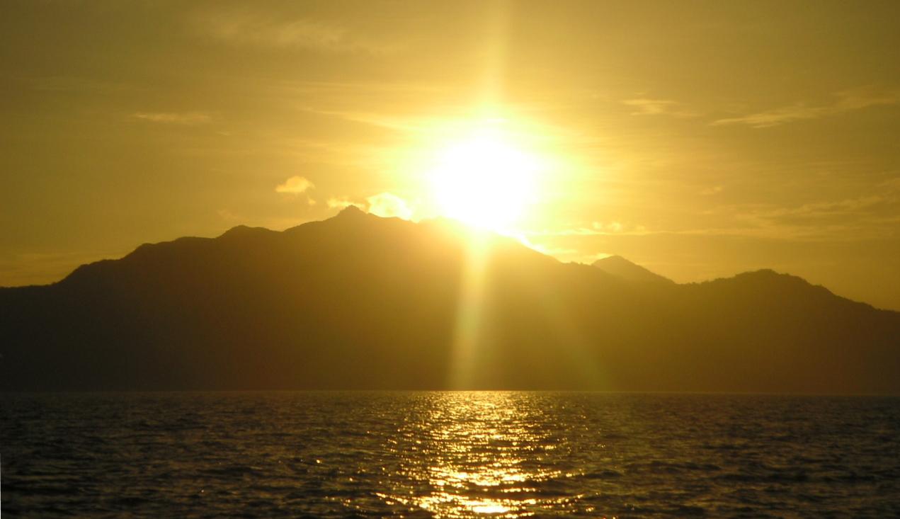 صورة تفسير حلم طلوع الشمس من مغربها , حلمت اني رايت الشمس تطلع من الغرب