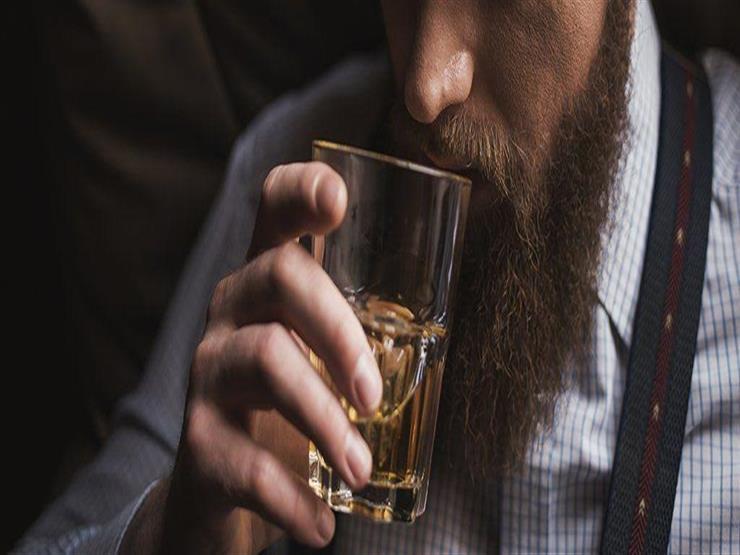 صورة تفسير رؤية الخمر في المنام , كثير من السعاده قليل من الهموم