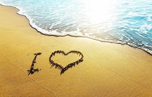 برنامج كتابة اسمك على الرمل 2020 وتزيينه باشكال جميلة برامج موقعك