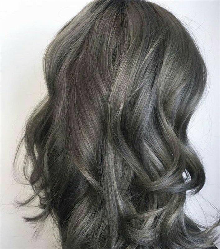 صورة شعر رمادي زيتي , شاهدي احدث صغبات الشعر الرمادي