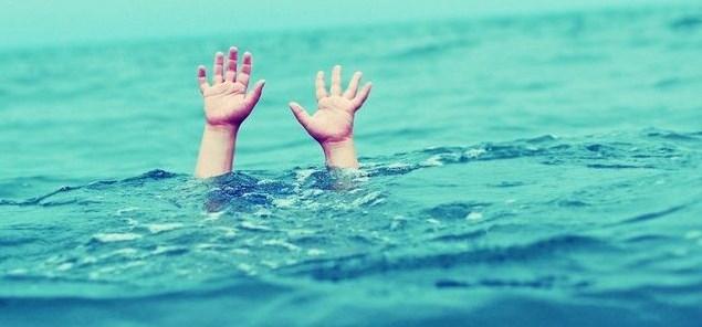 صورة تفسير حلم غرق الاخت , الحق اختك وانقذها