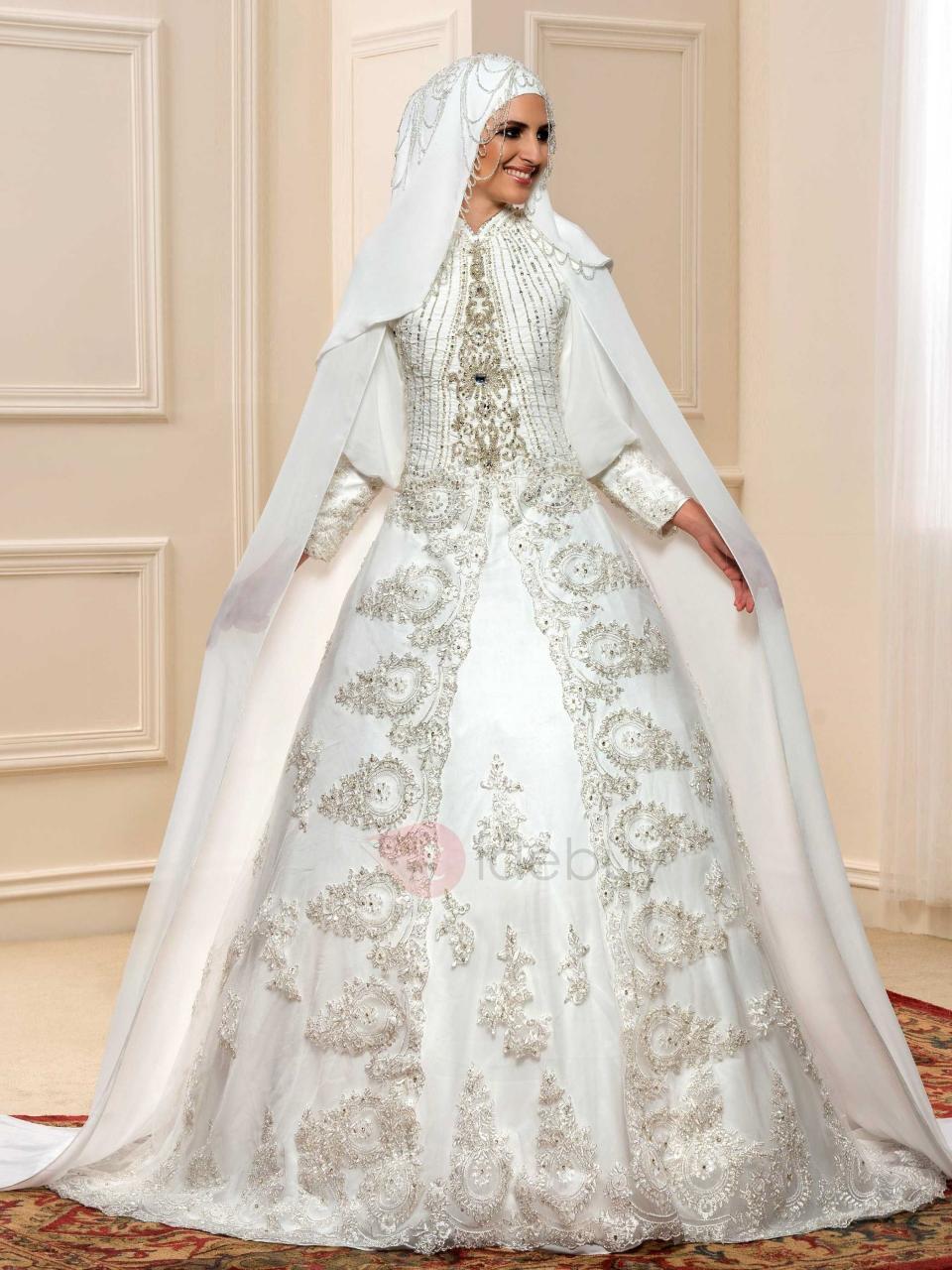 صورة اجمل فساتين الزفاف للمحجبات , عروسة وبتدوري علي فستان فرحك معانا 885 4