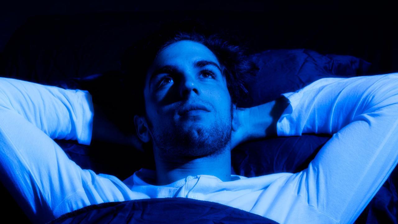 صورة التفكير اثناء النوم , كيفيه التخلص من التفكير اثناء النوم 4292
