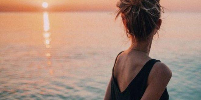 صورة صور بنات حزينه على البحر , اجمل صور حالات واتس حزينه